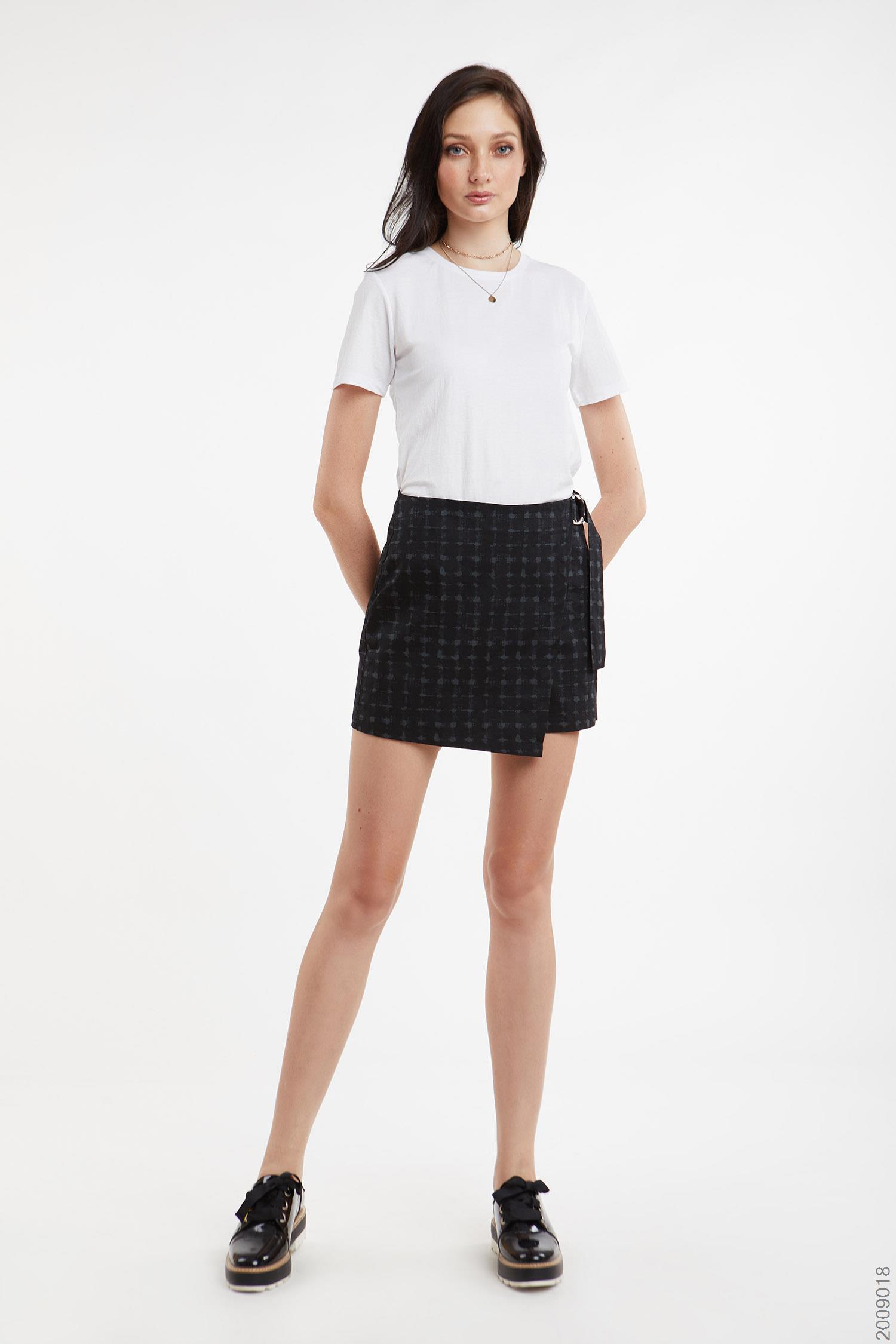 quần short nữ - 2009018